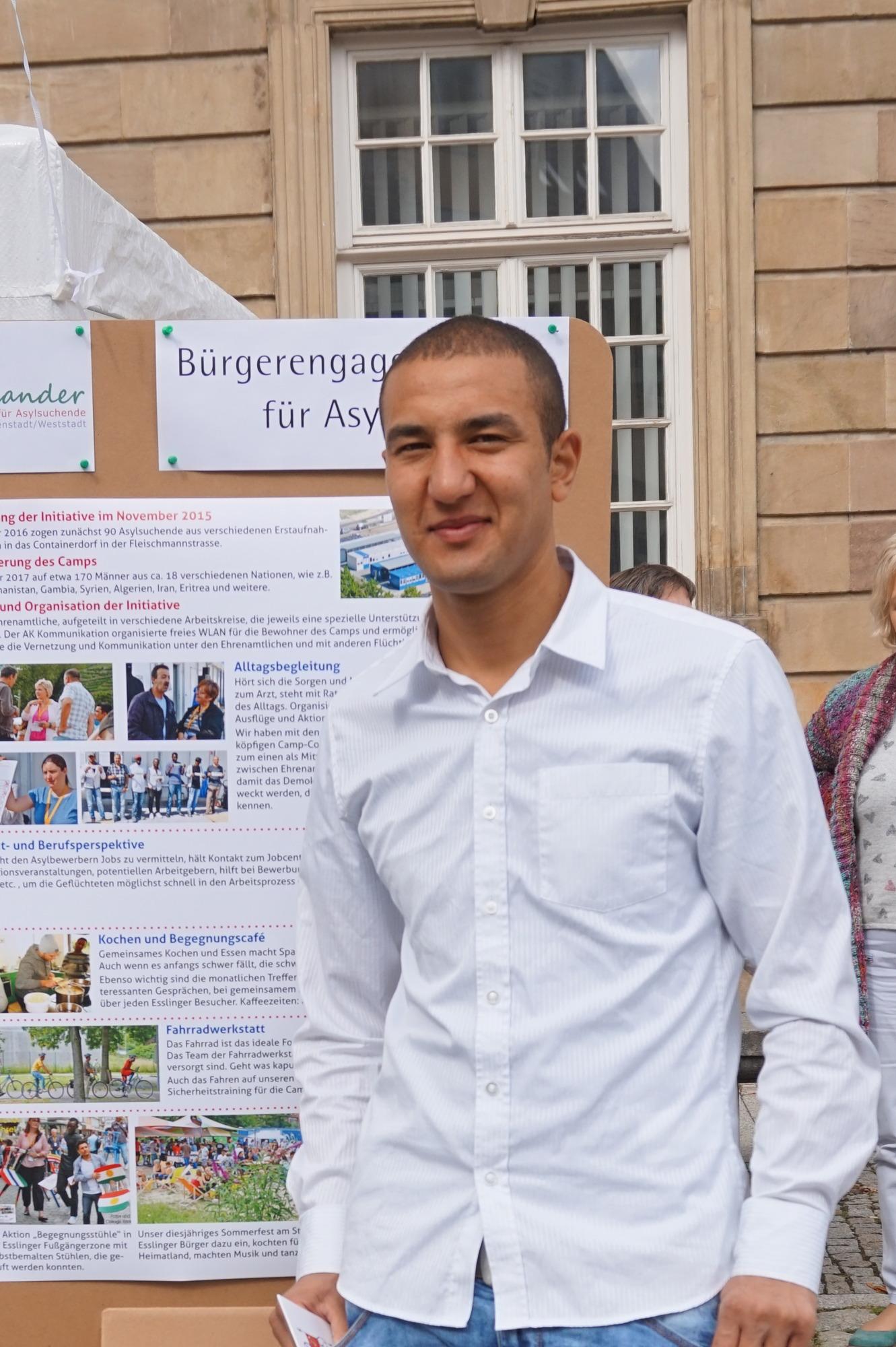 """Ein gutes Leben in Sicherheit"""": Drei junge Afghanen sprechen über ..."""