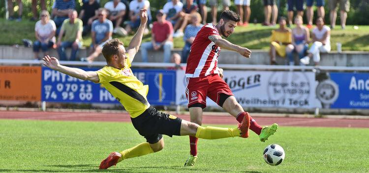 Anastasios Ketsemenidis zieht ab - der 24-Jährige vergab gegen Heiningen mehrfach aus aussichtsreicher Position.Foto: Markus Brändli