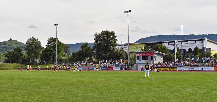 Blickpunkt Lindachstadion: In acht Wochen steigt im Schatten der Limburg das 56. Teckbotenpokal-Turnier. Foto: Markus Brändli