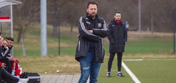 Benjamin Geiger wird auch in der kommenden Saison für den TSV Weilheim an der Seitenlinie stehen. Foto: Genio Sivliani