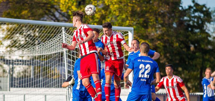 Viel Kampf, keine Tore: Im Weilheimer Lindachstadion fehlte nach dem Derby das Wichtigste in einem Fußballspiel.Fotos: Genio Silviani