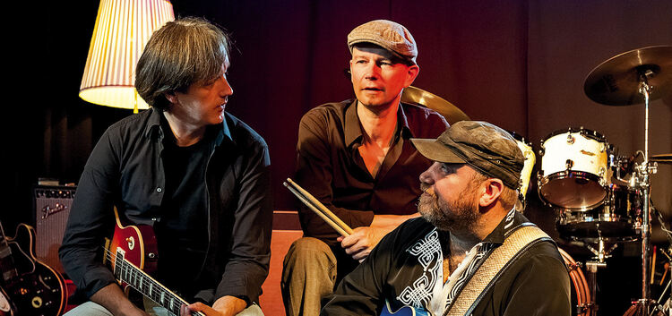 "Paul Lawall und ""The Dukes of Rhythm"". Am Donnerstag, 17. März, um 20.30 Uhr gastiert Paul Lawall mit der Band ""The Dukes of Rhy"